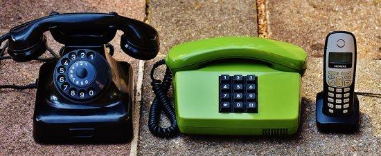 Los medios de comunicación teléfono
