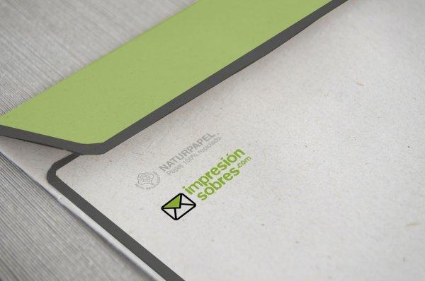 Papel reciclado para la impresión de sobres